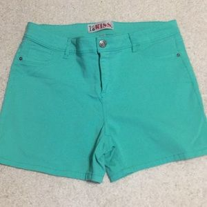 WORN ONLY ONCE! Super stretch Blue/green shorts